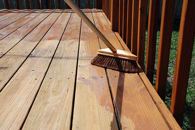 what-is-the-best-time-to-stain-a-deck